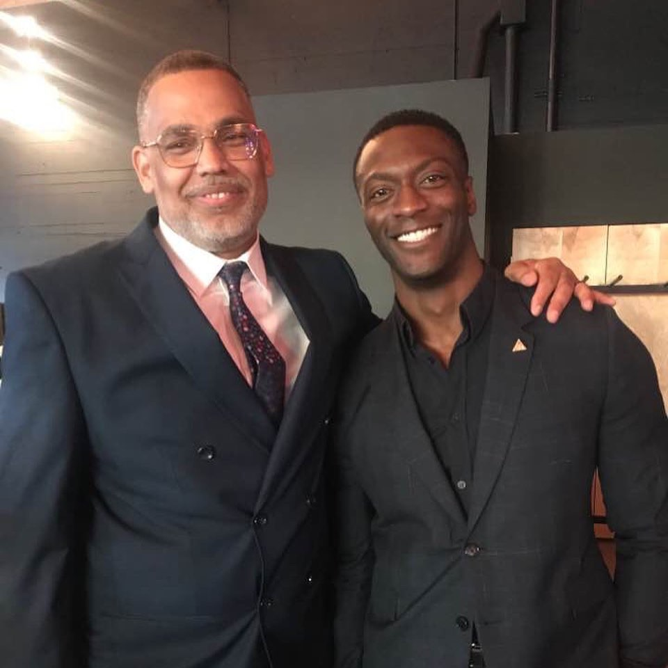 Holla Mentors founder, Eric Knox, and Gala Keynote Celebrity Speaker, Aldris Hodge